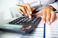 Saiba como calcular a redução de jornada e salário